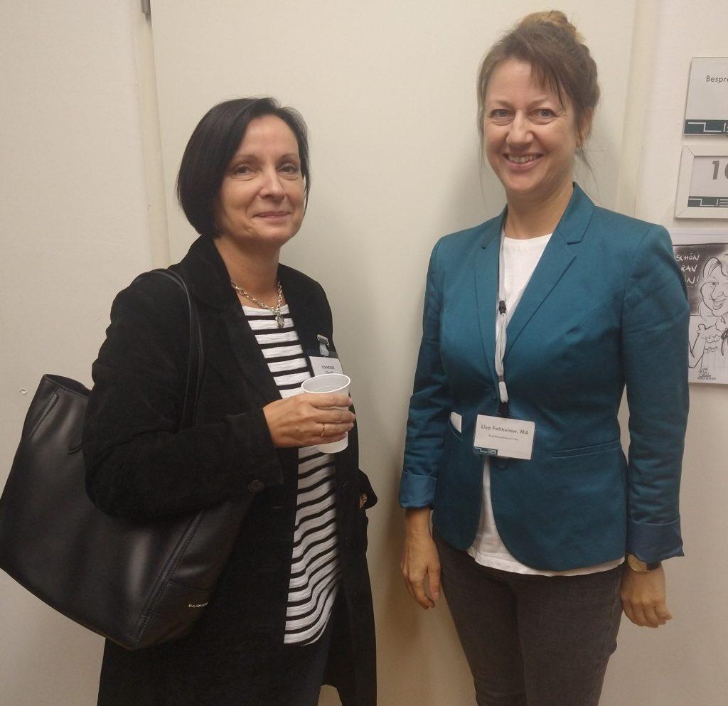 P.Qu Vernetzungstreffen: Claudia Schweiger (AMS Neunkirchen) und Lisa Faltheiner, MA (P.Qu, ZIB Training)